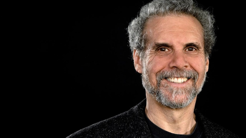Daniel Goleman<br>Renowned Psychologist, Emotional Intelligence Pioneer, and Bestselling Author